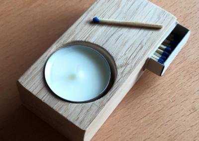 Teelicht- und Streichholzhalter Eiche